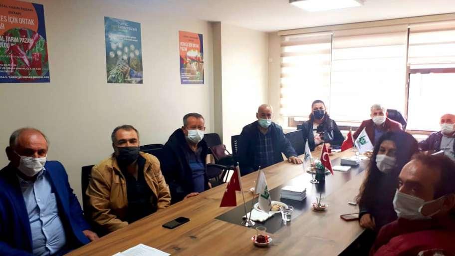 (Turkish) DİTAP (Dijital Tarım Pazarı) Sistemi Hakkında Bölge Birlik Temsilcilerimiz Bilgilendirildi